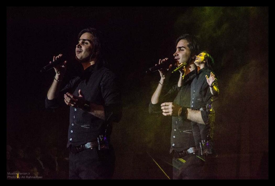 کنسرت تصویری گروه استیج گزارش مفصل متنی و تصویری موسیقی ایرانیان از کنسرت محسن یگانه