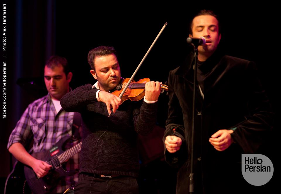 http://musiceiranian.ir/images/news-pic/2013/02/Benyamin-41.jpg
