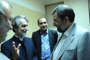 محسن رضایی و مجید انتظامی آهنگساز موسیقی ایران (برای بزرگنمایی کلیک کنید)