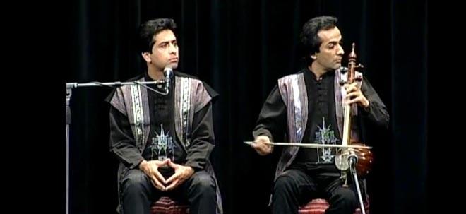 به خوانندگی محمد معتمدی و آهنگسازی آرش کامور