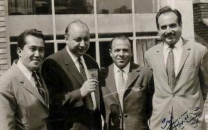 از راست به چپ استادان منوچهر همایون پور، حسین همدانیان، جلیل شهناز، احمد ابراهیمی (برای بزرگنمایی تصویر کلیک کنید)