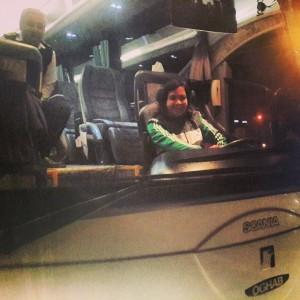 وقتی محسن یگانه راننده اتوبوس می گردد/ عکس