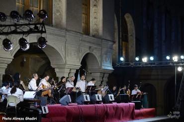 کنسرت کامکارها (برای بزرگنمایی تصویر کلیک کنید)