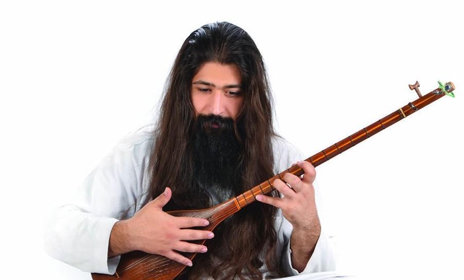 به آهنگسازی، نوازندگی و تنظیم «رامتین کاکاوندی»