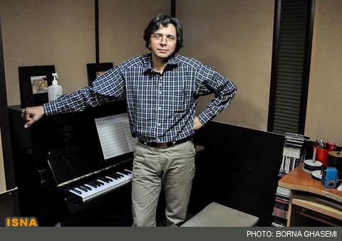بهرام دهقانیار: این روزها مشغول ساخت موسیقی فیلم «خماری» هستم