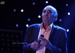 گزارش متنی و تصویری «موسیقی ایرانیان» از کنسرت حسین خواجه امیری (ایرج) در بندرعباس