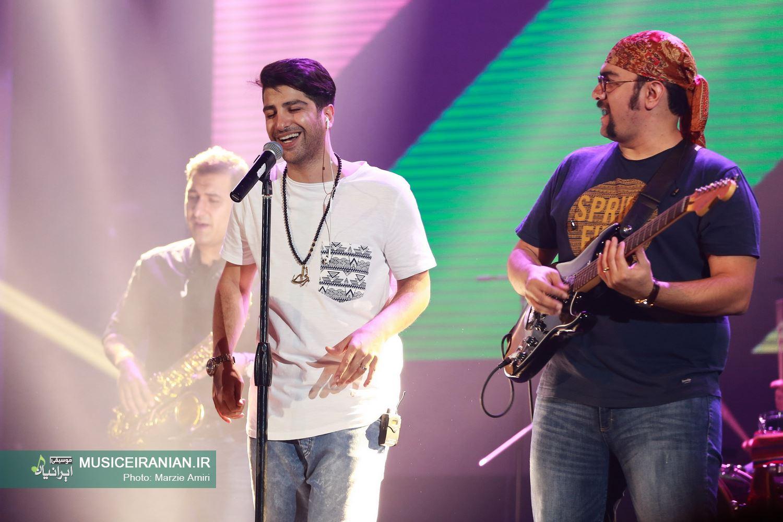گزارش تصویری «موسیقی ایرانیان» از کنسرت «زانیار خسروی»