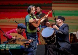 گزارش متنی و تصویری «موسیقی ایرانیان» از کنسرت «میان خورشیدهای همیشه»