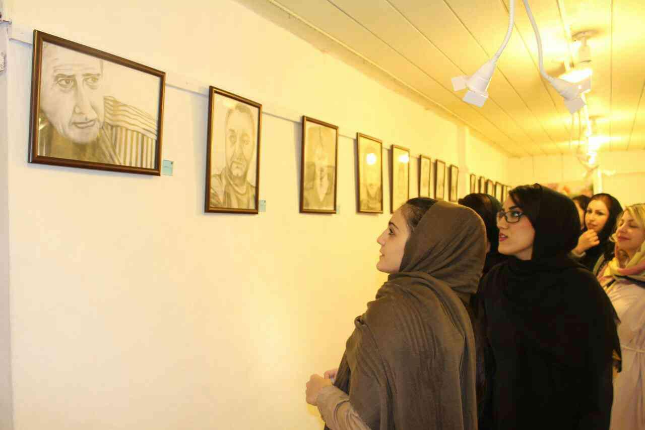 برگزاری نمایشگاه نقاشی «رنگ و روغن و طراحی» در آمل