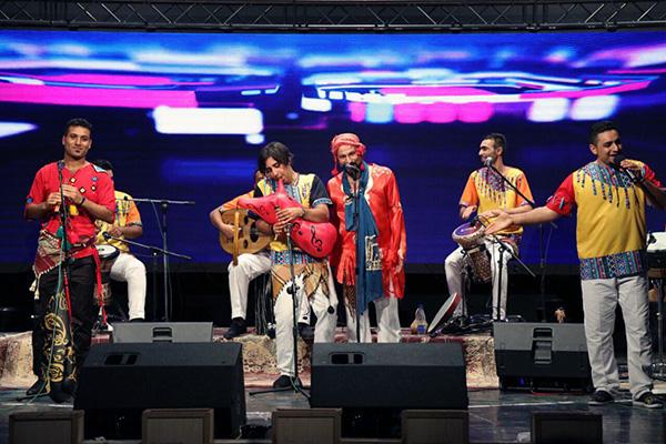 حضور «آوای موج» به عنوان یکی از جوانترین گروه های موسیقی در جشنواره موسیقی فجر امسال