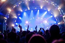 دنگ شو، پالت، داماهی و بمرانی از گروههایی با موسیقی تلفیقیاند که در نوروز کنسرت خواهند داشت