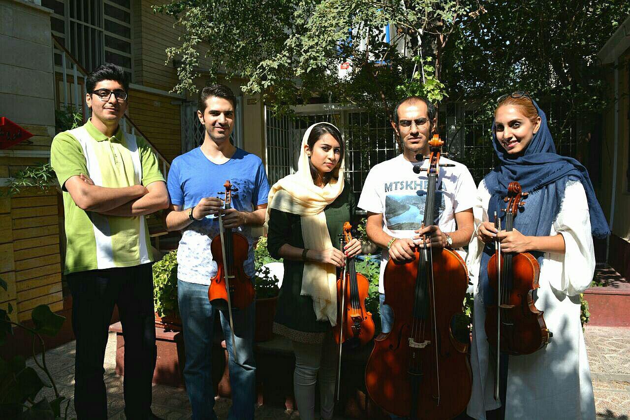 با حمایت مادی و معنوی آموزشگاه موسیقی «نوای شهرآشوب»