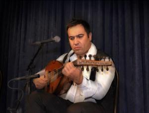 با تالیف مجید ناظمپور