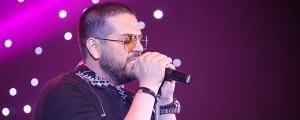 این خواننده چهارم خرداد در سالن میلاد نمایشگاه بین المللی روی صحنه رفت