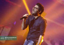 گزارش تصویری سایت خبری و تحلیلی «موسیقی ایرانیان» از کنسرت پرشور «حامد همایون» در تهران