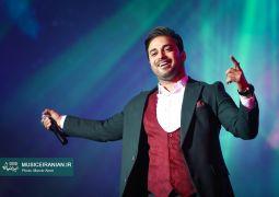 گزارش تصویری سایت خبری و تحلیلی «موسیقی ایرانیان» از کنسرت بابک جهانبخش در برج میلاد تهران