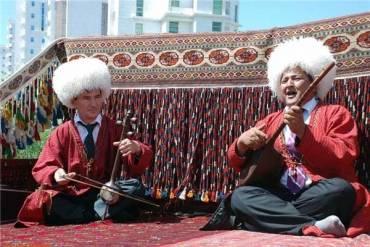 استاندارد ملی «صنایع دستی، دوتار ترکمن» تدوین شد