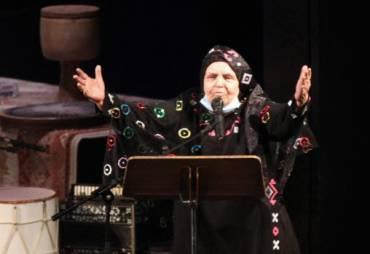 پروین بهمنی: قشقایی ها از بدو تولد تا مرگ موسیقی لالایی دارند