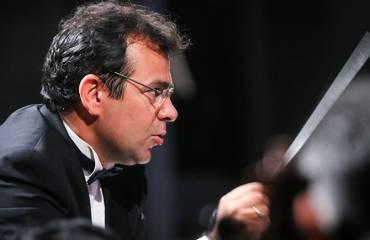 پژمان معمارزاده رهبر مهمان ارکستر سمفونیک تهران شد