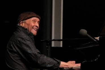 پیانیست پیشگام جز درگذشت