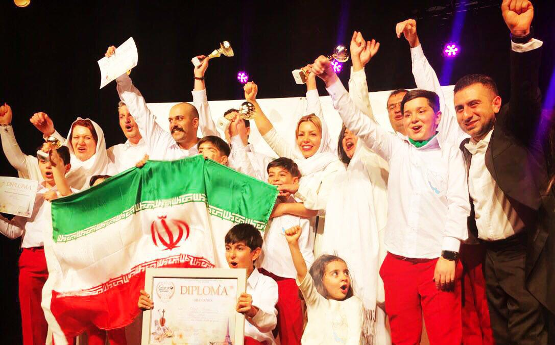 با رهبری آیدین بیات و به نمایندگی از ایران