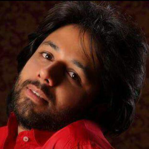 با تولید آلبومی تلفیقی از موسیقی ایران و هند؛
