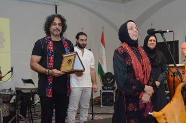 گروه لیان در رویداد هنری طهران به صحنه رفت