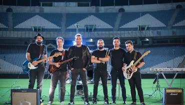 پایان با شکوه «آبی به رنگ آسمان» با صدای رضا یزدانی در ورزشگاه آزادی تهران