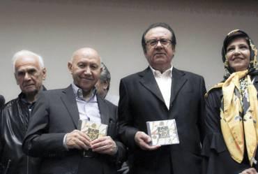 مقایسه مقام حافظ در شعر با شجریان در موسیقی