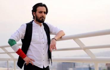 کاوه آفاق با اجرای قطعات جدید روی در تهران صحنه میرود