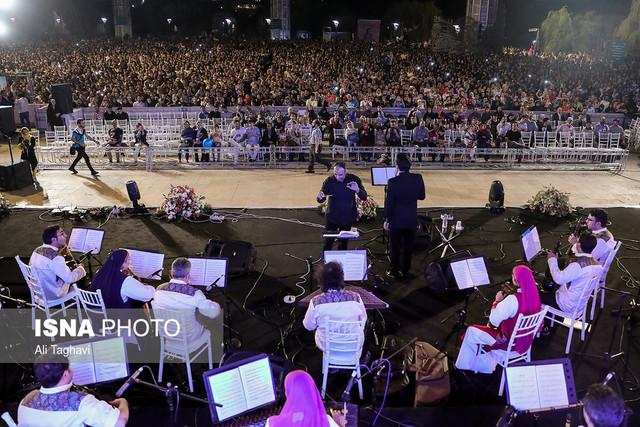 اجرای آثار فرهاد فخرالدینی در جشنواره موسیقی فجر