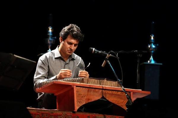 سیامک آقایی تور «آوای ایران» را از تبریز آغاز میکند | کنسرتهایی با خوانندگان بومی