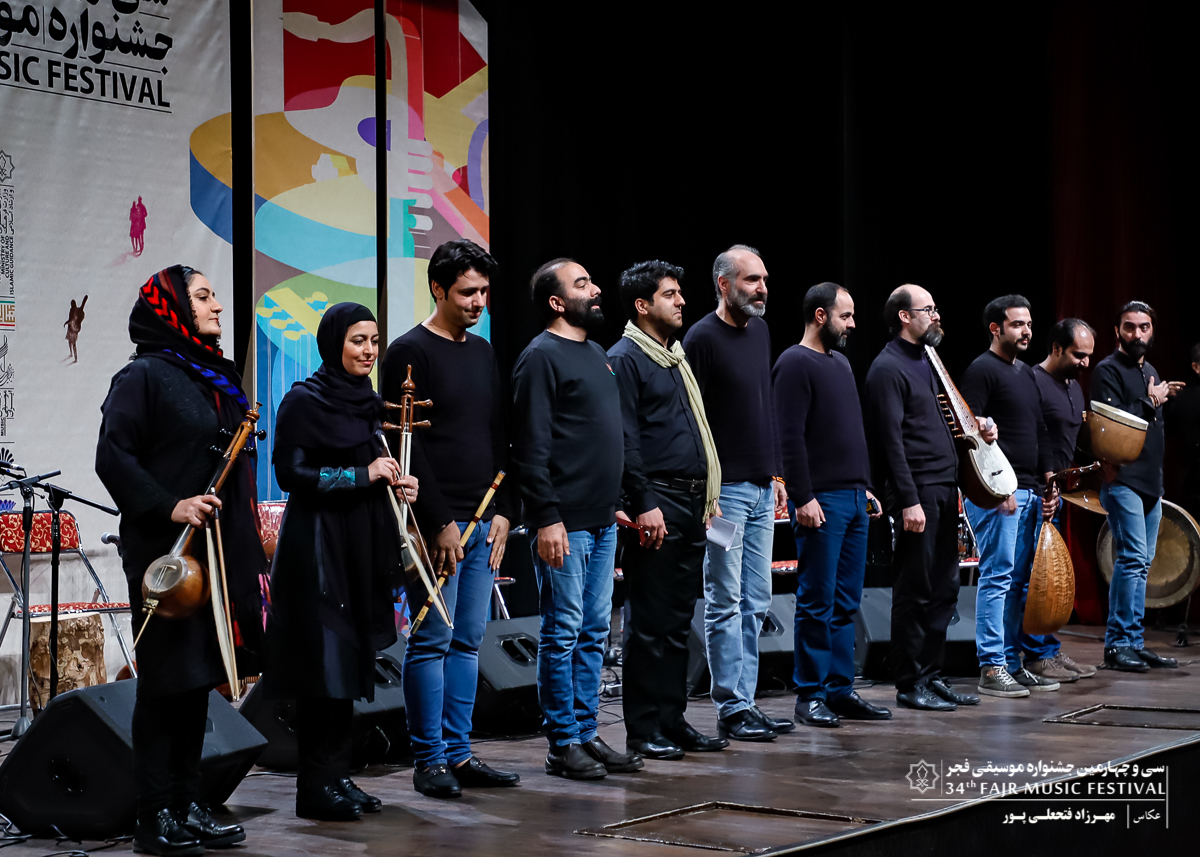 شب دوست داران ردیف و سرودهای انقلابی | «سایه ارغوان» در ایوان شمس به روی صحنه رفت
