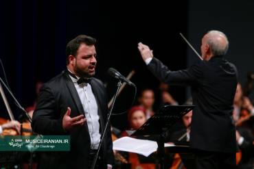 fajrmusic 12 370x247 - گزارش تصویری «موسیقی ایرانیان» از اولین شب از سی وچهارمین جشنواره بین المللی موسیقی فجر
