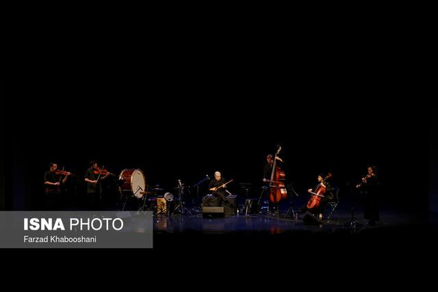گزارش ایسنا از کنسرت کیهان کلهر / فکر میکنم در آسمانها هستم!