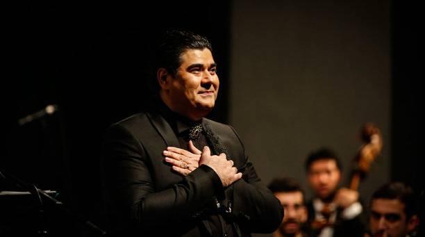 کنسرت سالار عقیلی در مهاباد به روی صحنه می رود