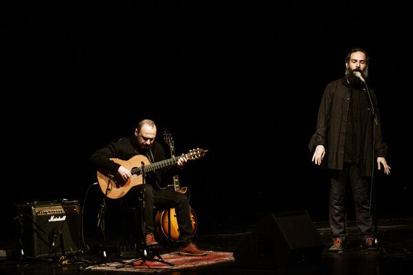 برگزاری کنسرت گروه ۲ نفره ماکان اشگواری و امیر صارمی