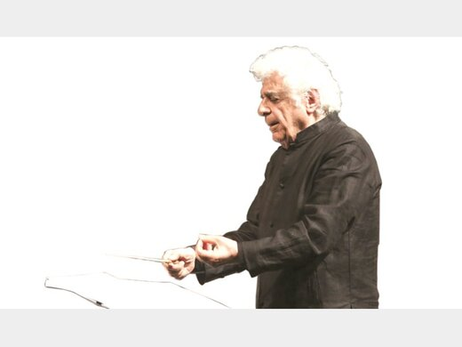 لوریس چکناواریان: کار من با این ارکستر تمام است