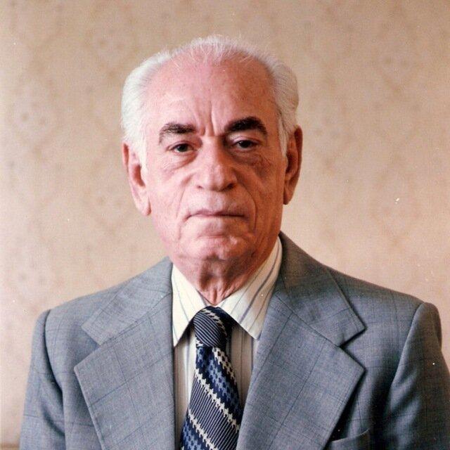 به مناسبت بیست و ششمین سالروز درگذشت «جواد معروفی»