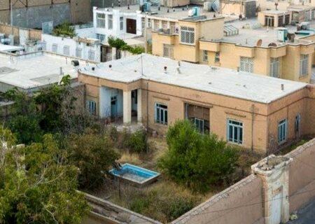 ۸۰ درصد خانه پدری پرویز مشکاتیان توسط مالک تخریب شده است