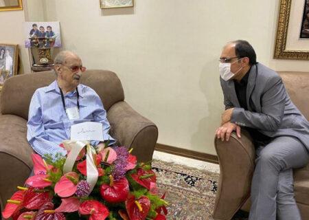 گرامیداشت نود و نه سالگی استاد عبدالوهاب شهیدی در خانه اش