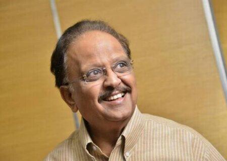درگذشت خواننده مشهور فیلم های هندی بر اثر کرونا